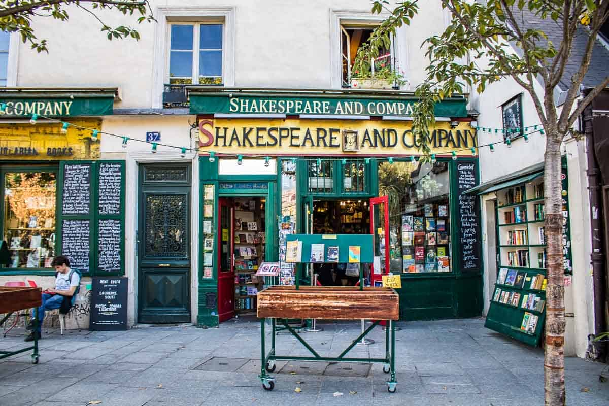 O encanto da livraria Shakespeare and Company